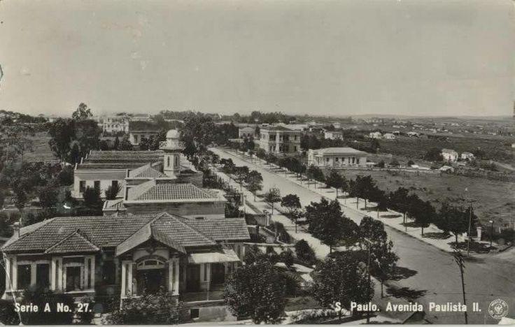 1912 - Avenida Paulista. A direita na área aberta seria o futuro Parque Trianon.