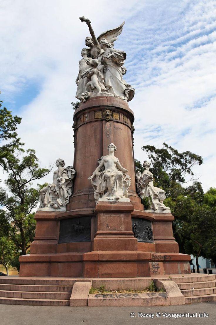 Monumento a los Franceses en la Plaza Francia, Barrio de Recoleta, CABA