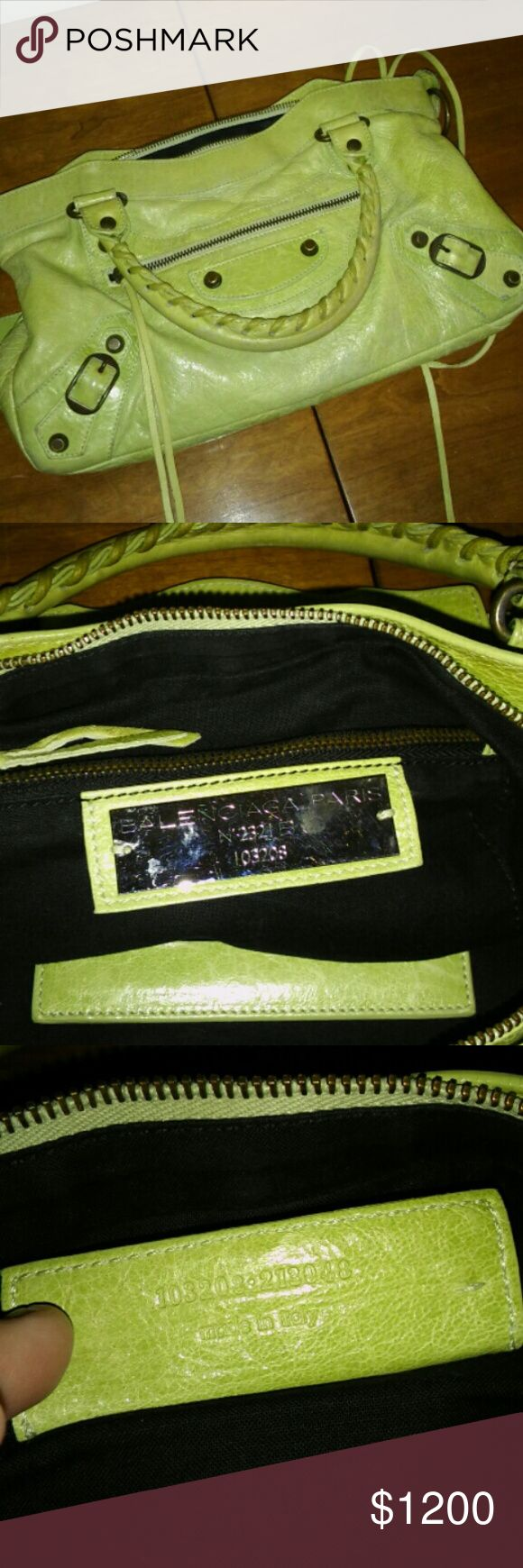 Balenciaga First City bag Incredible authentic Balenciaga First City Bag, made in Italy. Pistachio color. Pics show wrong color. It's like a wasabi green, pistachio green. Balenciaga Bags Satchels