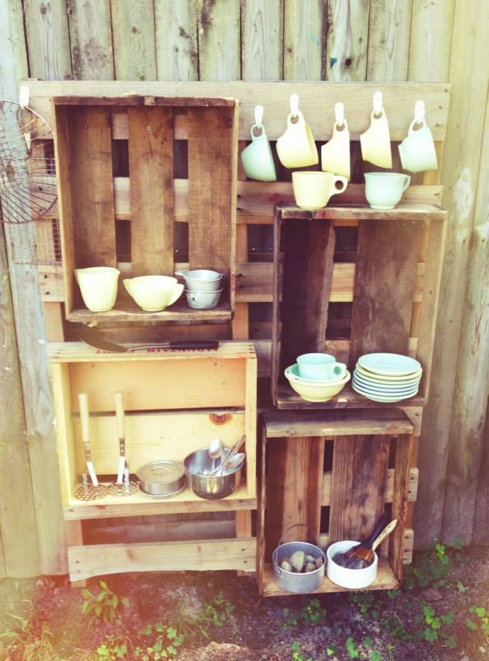 A peek at our mud kitchen - awaiting all fine chefs for Cliffs and Clay week!  @ Garden Gate Child Development Center ≈ ≈ For more inspiring pins: http://pinterest.com/kinderooacademy/mup-pie-play-kitchens/