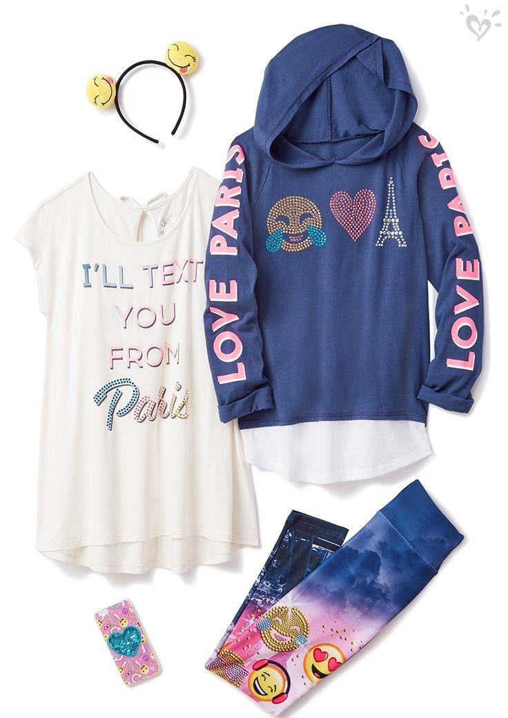 Paris + emoji sparkle = everything we oh-la-love!