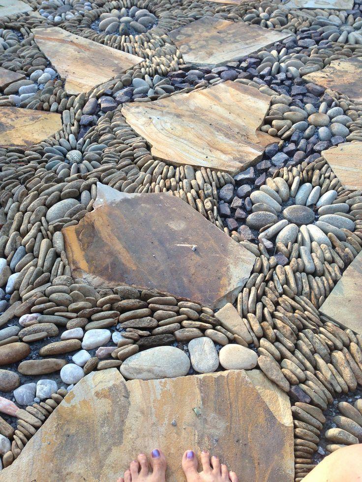 Pebble river rock flagstone mosaic walkway patio ...