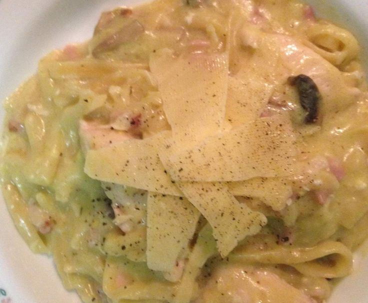 Recipe Creamy Chicken Fettucine Carbonara by Neecey75 - Recipe of category Pasta & rice dishes