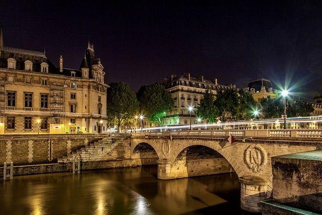 Resultado de imagen para calles de paris de noche