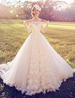 Vestido de Noiva - Branco Baile Ombro a Ombro Cauda Corte Renda