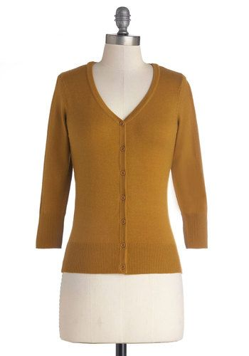 gifted-------------size large (VERY stretchy), definitely a mustard colour, and I don't really wear mustard colours very much, so up for swap it goes! (used but good condition:  if you have never owned a Charter School cardi, please be aware that they do pill easily!)--------------- Charter School Cardigan in Gold - Short, Knit, Gold, Solid, Buttons, Work, Scholastic/Collegiate, Button Down, 3/4 Sleeve, Good, V Neck, Gif...