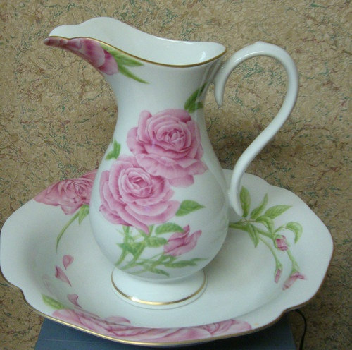 Givenchy Rose Pitcher and Bowl by Franklin Mint 1986