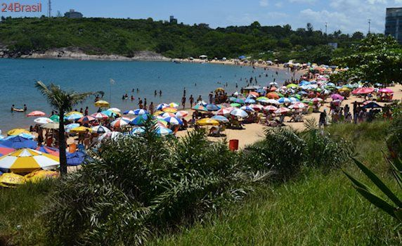 Justiça suspende obras de condomínio de luxo em praia de Guarapari