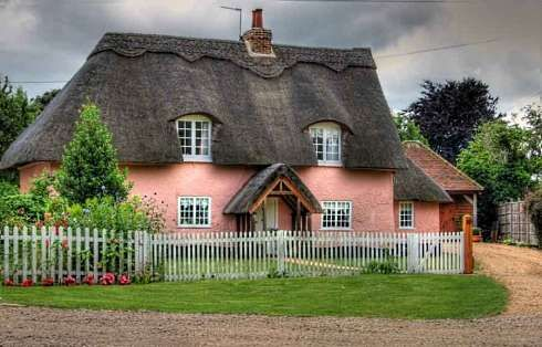 The English Storybook Cottage . . . Fairy Tale Fantasies Come True!