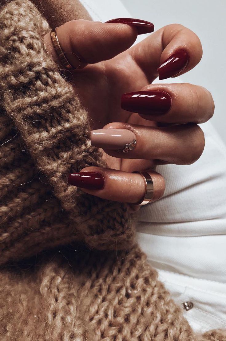 50 Fall Nail Art Ideas And Autumn Color Combos To Try On This Season Maroon Nails Black Ombre Nails Burgundy Nails