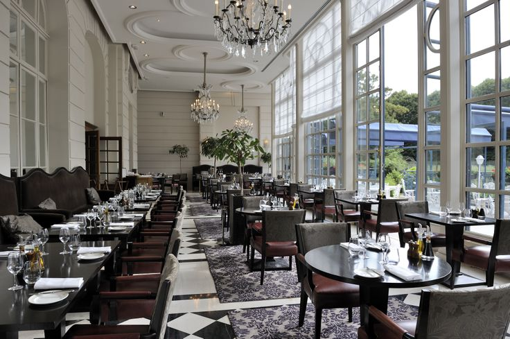 La Veranda Restaurant in the Trianon Palace. Nice place for breakfast.
