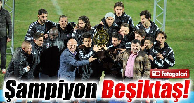Şampiyon Beşiktaş spor haberi:http://www.malatyahabermerkezi.com/haber-45948-sampiyon-besiktas.html