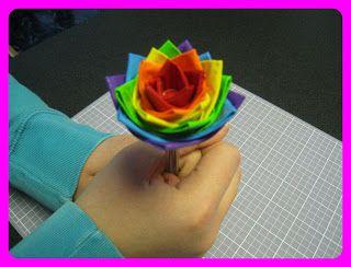Seven Sisters: Lucky Ducky Duct Tape Flower Pens, de pennen op mijn werk zijn altijd weg, nu nog gekleurd ducttape vinden