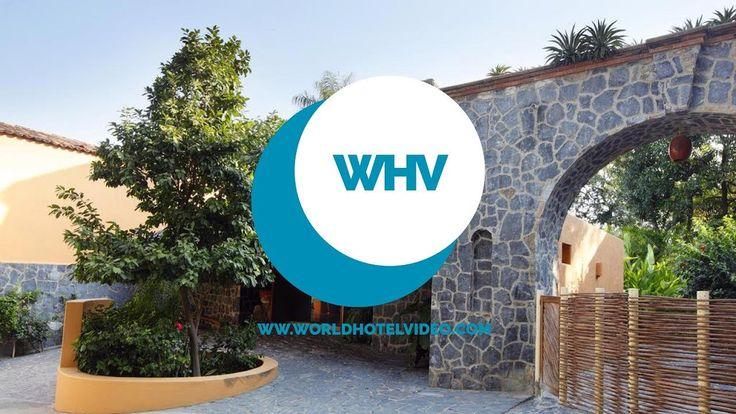 Hotel Casa Don Francisco in Zihuatanejo Mexico (North America). Visit Hotel Casa Don Francisco https://youtu.be/BDHgZ65fVCw