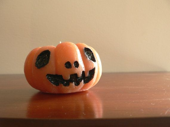 Jack-o'Latern halloween candle / Handcarved & by PavioseParafina