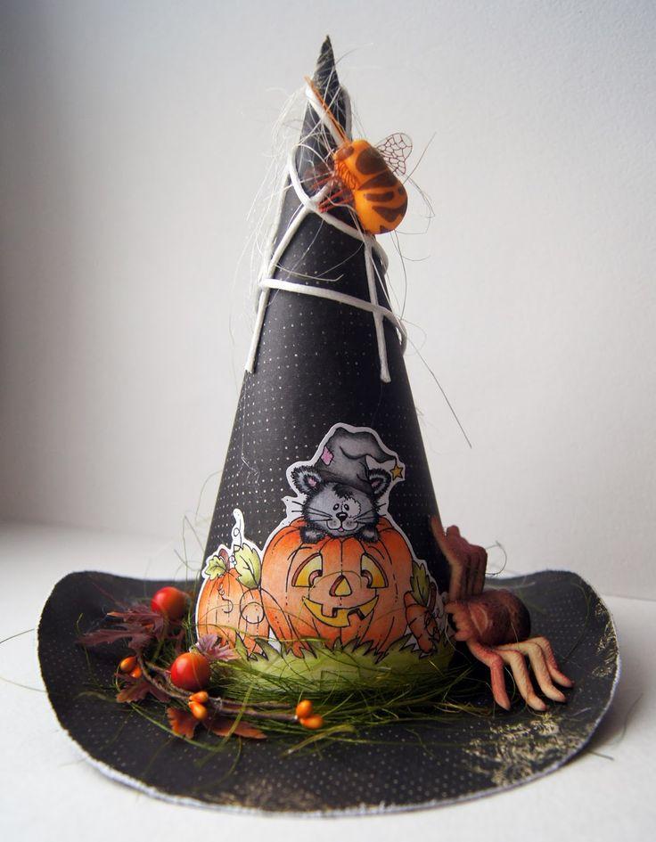 Шляпа ведьмы для Хэллоуина - значок