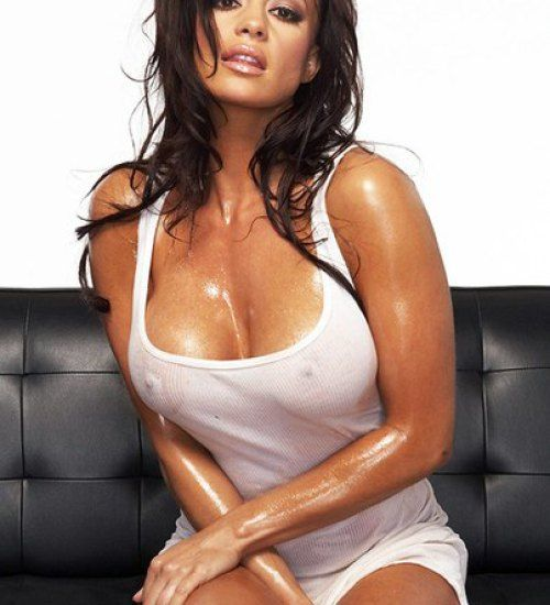 Candice MIchelle WWE Height And Weight, Bra Size, Body