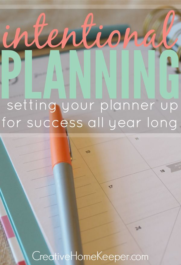 Creative Home Keeper: Taking some time to be intentional about setting your planner up at the start of the year not only helps to be more productive and better track your goals but also encourages you to really examine your priorities. This detailed planner set up will walk you through step-by-step the process to be truly intentional with your planning this year!