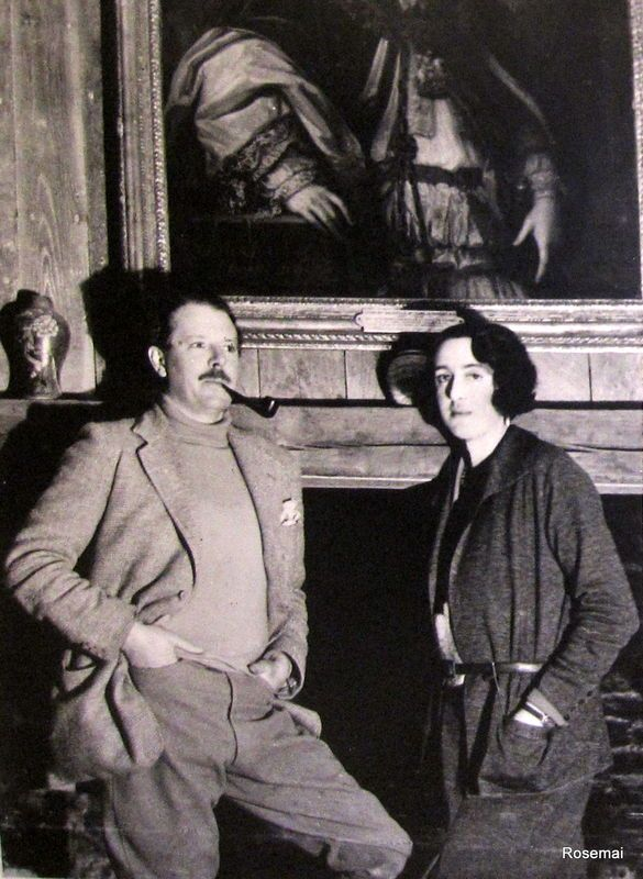Harold Nicolson with Vita Sackville West at Sissinghurst Castle. Nicolson's diaries are superbly written even if noticeably reticent (or edited) about their bizarre private life - the guy knew everyone in 1930s - an absolute cert for my top 10 diaries.