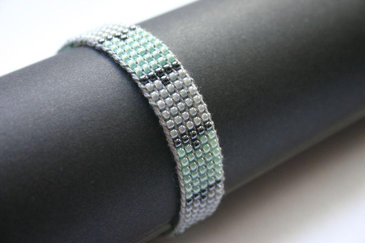 loom, bracelet, beads, beading