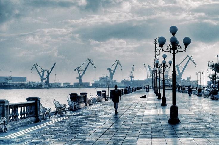 Puerto de Veracruz  ¡Visita Veracruz! Reserva en www.vivaaerobus.com