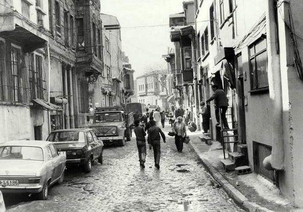 Vefa, 1980'ler #Fatih #istanbul #istanlook #oldpics #birzamanlar #80s #life #hayat