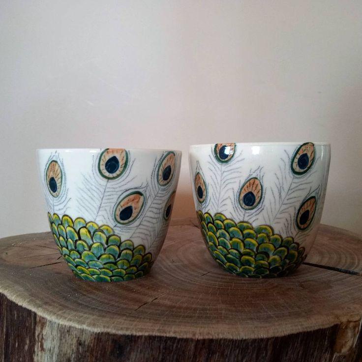 "59 Likes, 3 Comments - tarsh bonnice (@tarshbonnice) on Instagram: ""Tumblers  #peacock #tumblers #cups #handleless #wheelthrown #porcelain #underglaze #painted…"""