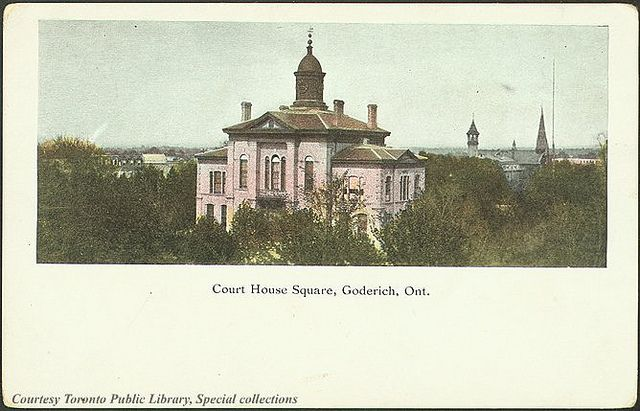 Huron County Courthouse, Goderich c.1910 #Goderich #RediscoverGoderich #TheSquare #VintageGoderich