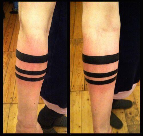 14 tatuagens de Faixa e Listras: Significado com Fotos e Imagens