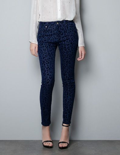 5 POCKET JEANS WITH FLOCK ANIMAL PRINT - Jeans - Woman - ZARA