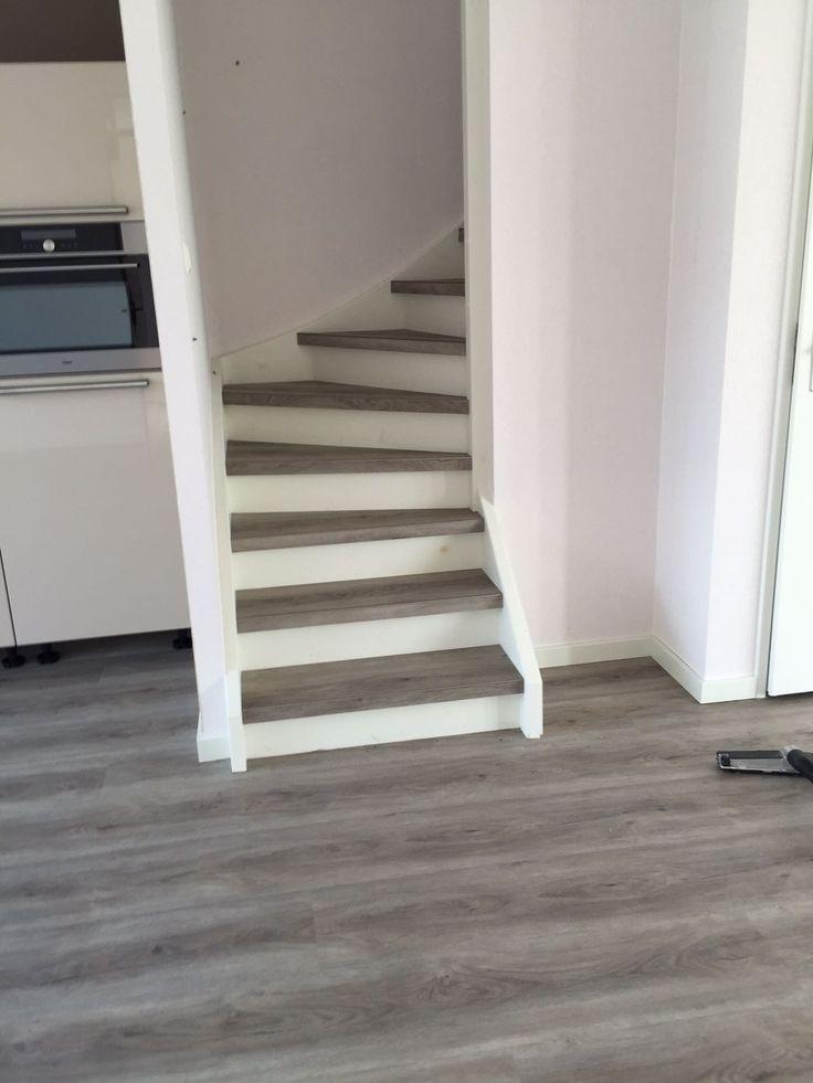 Dezelfde PVC vloer op de vloer én op de trap!