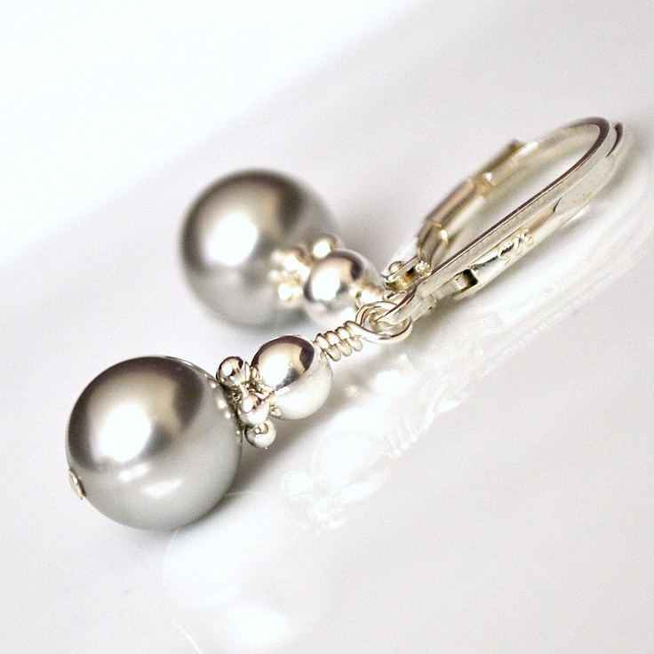 Silver Earrings. Short Drop Pearl Earrings, Silver Bridesmaids Jewelry, Sterling Silver Jewellery. $27.00, via Etsy.: Silver Earrings, Silver Bridesmaid, Grey Pearls, Crystals Earrings, Shorts Drop, Bridesmaid Jewelry, Pearls Earrings, Bridesmaid Earrings, Drop Pearls