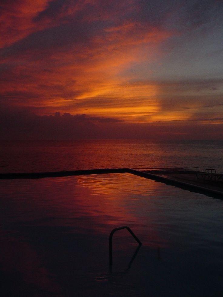 Jamaica, 92B sunset sea pool @eduardoxavierph