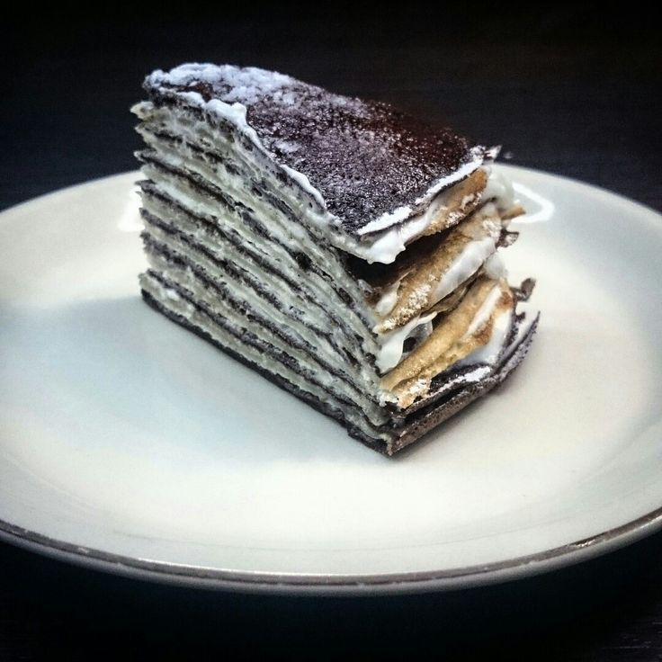 Amazing black and white pancake cake with mascarpone :)