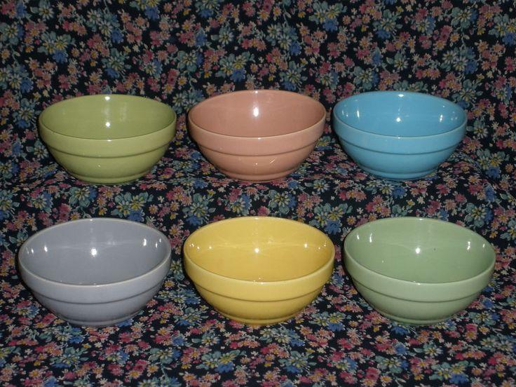 VINTAGE Australian DIANA POTTERY Set of 6 Pastel Coloured DESERT OR SWEET BOWLS