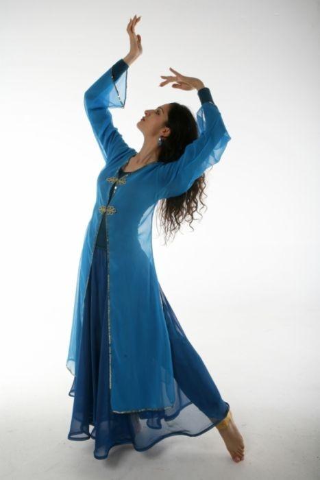 Persian dance <3 <3