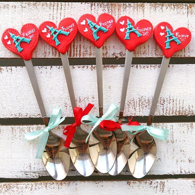 Ложечки с эйфелевой башней для девичника невесте @soleil_n , которая уезжает во Францию  ________________________ Все ложечки здесь ➡ #lerasandrovna_crafts #spoon #kitchen #cucina #kitchenwear #handmade #polymerclay #worldbestideas #icecream #cake #cupcakes #вкусныеложечки #ложечки #праздник #дети #торт #подарки #свадьба #идеи #мороженое #ручнаяработа #Казань #рукоделие #творчество #полимернаяглина #фигурки #лепнина #эйфелевабашня #eiffeltower