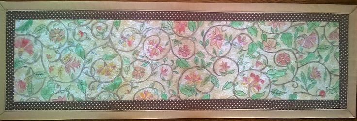 Tablerunner, crayons and quilting