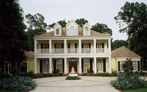 French creole architecture southern plantations french for Southern architectural styles