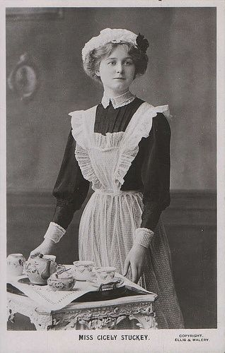 Miss Cicely Stuckey, theatrical postcard, circa 1900