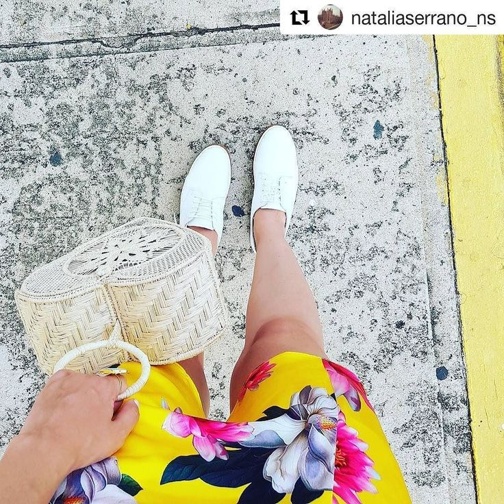 #Repost @nataliaserrano_ns  A donde vayas ve con todo tu corazón.. ah y no olvides llevar un buen par de zapatos!        #fashiondreams #fashionaddict #shoeblogger #shoes #shoeaddict #colombia #Colombianblogger #colombianfashion #style #letmebe #mystyle #entreperneur #entreperneurshiproject #entreperneurlifestyle #bogota #medellin #bucaramanga #beautyqueen #ibeliveinmagic #caribeanchic #caribeanqueen