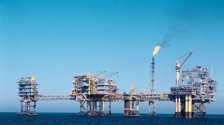 O preço do barril de petróleo Brent para entrega em janeiro abriu quarta-feira em baixa no mercado de futuros de Londres, a valer 63,19 dólares, menos 0,66% do que na sessão anterior. http://observador.pt/2017/11/29/barril-de-brent-abre-em-baixa-a-valer-6319-dolares/