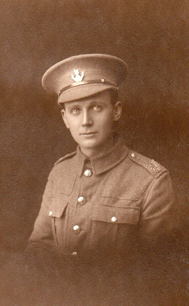 """If you look closely at his shoulder title it is a slip on title from which the curved """"N Lancashire"""" has been cut out and then sewn to his epaulette - not seen before. Thanks to Roger Morlidge #WW1 #WW1Centenary"""