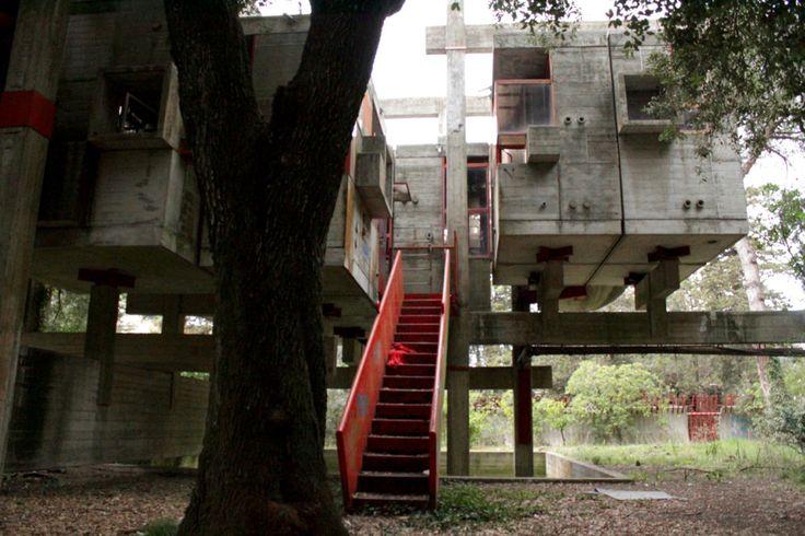 Giuseppe perugini casa sperimentale fregene roma 1968 for Casa design roma