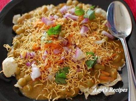 I am a big fan of masala puri. I posted a recipe for a version of masala puri some 3 years ago. Many of the readers said they want the one available in Bangalore. Of course every street vendor who serves masala puri has their own recipe for it. Every …