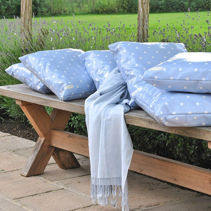 Spotty waterproof cushions for the garden