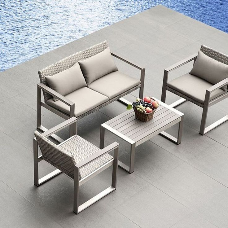 #møbler #design #möbler #stol #utemøbler #sofa #sofagruppe #aluminium #sommer #rød #hage #uteplass #veranda #hjem #ulsteinvik #norge #norway #sol #sol #bolig #hus #utemiljø #lounge #kosdesign #kvalitet #stil #model