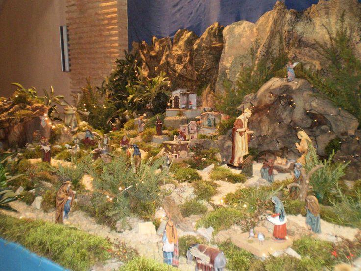 http://decoracion-hogar.net/wp-content/uploads/2012/10/Montar-el-Bel%C3%A9n.jpg
