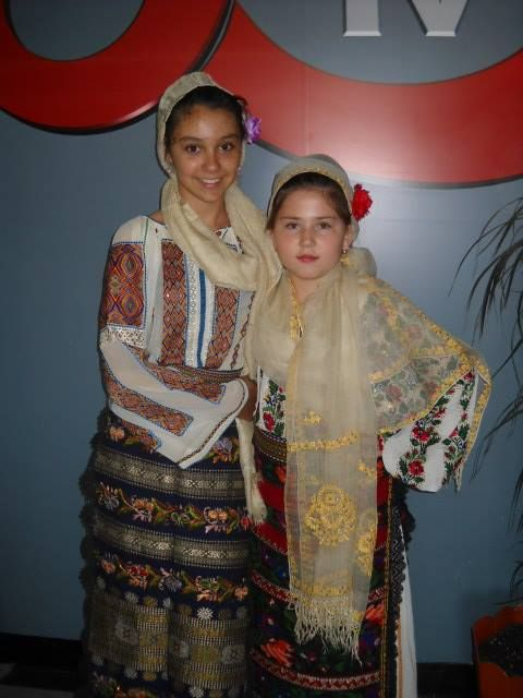 Romanian young ladies
