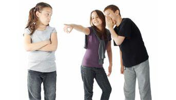 Los niños acosados pueden experimentar #depresión y #ansiedad. ¿Qué pueden hacer los #padres?